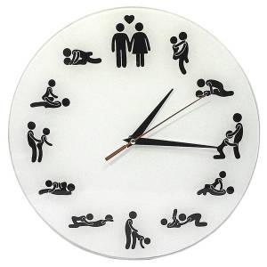 """Часы настенные """"Камасутра"""" стеклянные."""
