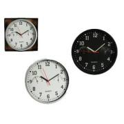 Часы с гигрометром и термометром пластиковые