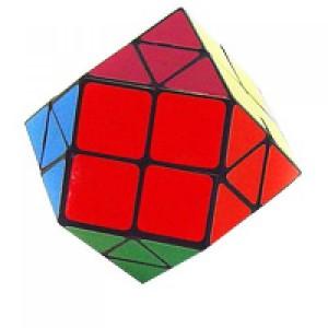 Головоломка треугольник с квадратом Magic Square