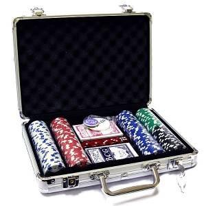 Набор для покера 200 фишек в кейсе + сукно