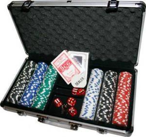Набор для покера 300 фишек в кейсе + сукно