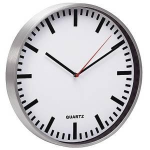 Настенные часы кварцевые