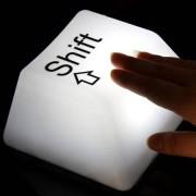 svetilnik_knopka_ot_klaviaturi_usb_shift-2.jpg